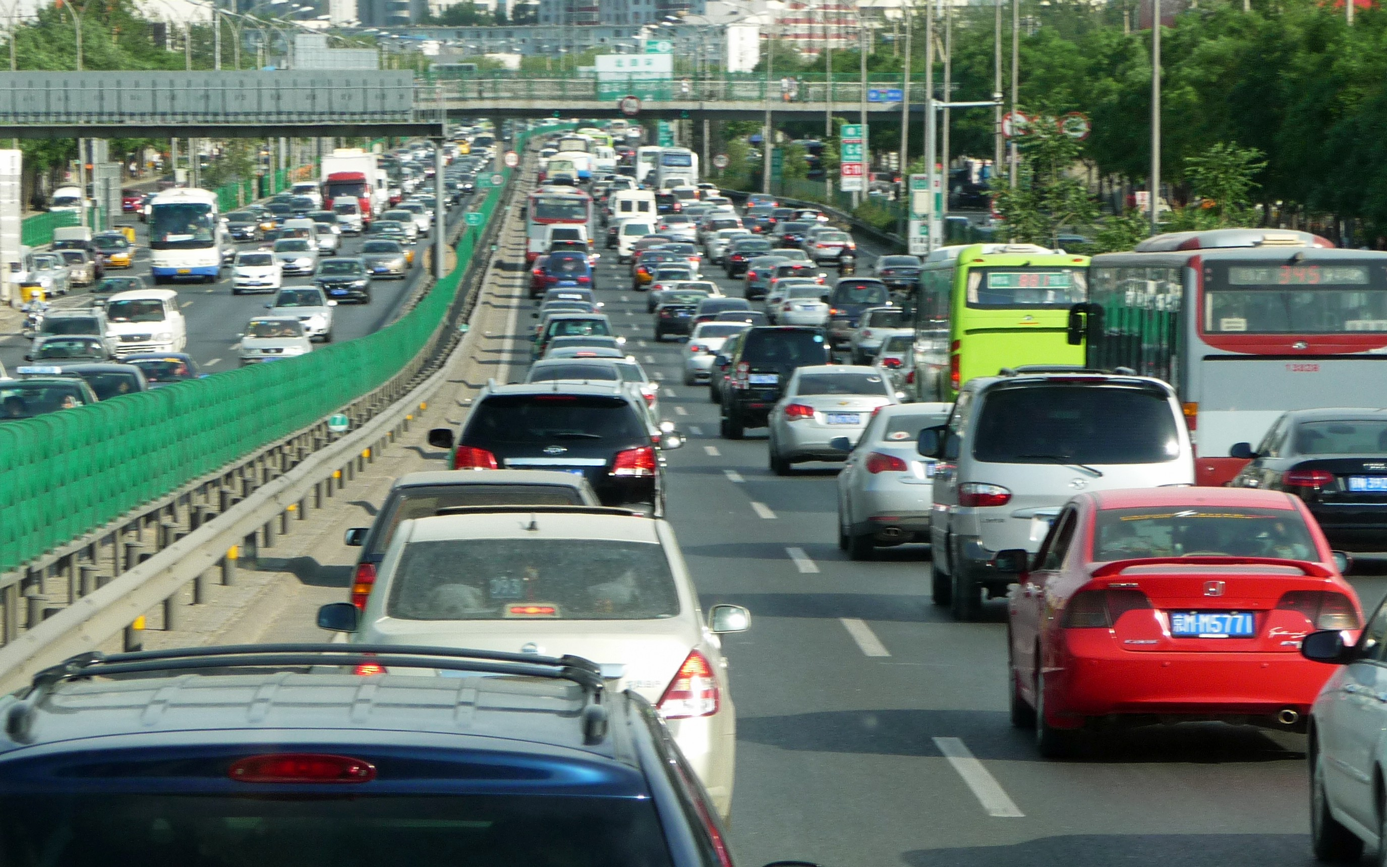 traffic pollution Pollution caused by traffic is the scourge of modern cities according to a report,  outdoor air pollution could cause 6 to 9 million premature.